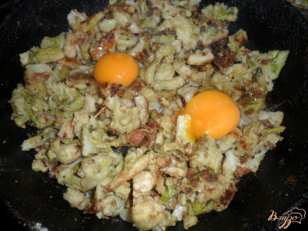 Фото приготовление рецепта: Цветная капуста шаг №4