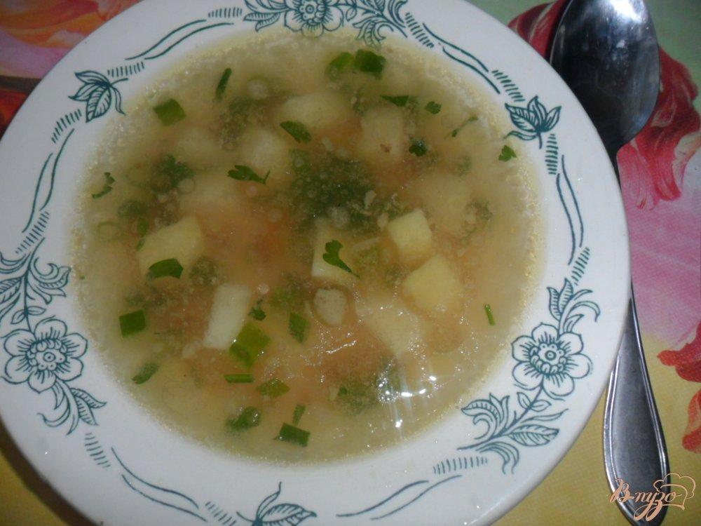 Фото приготовление рецепта: Легкий куриный суп с гречкой шаг №5