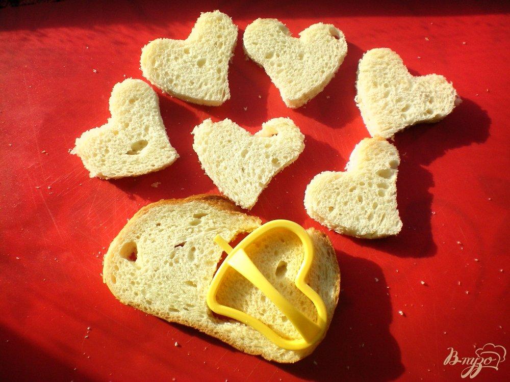 Фото приготовление рецепта: Необычные бутерброды с киви шаг №1