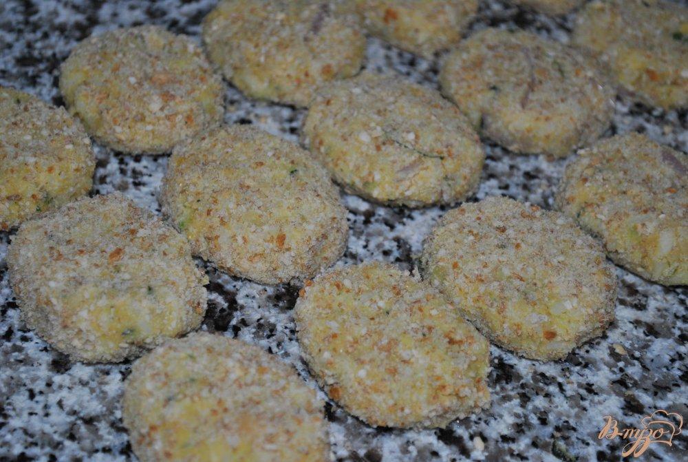 Фото приготовление рецепта: Котлетки из гороха нут шаг №5