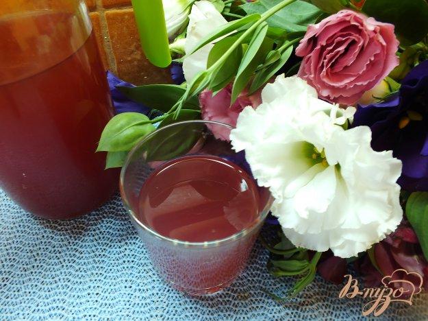 Рецепт Виноградно-яблочный компот с корицей