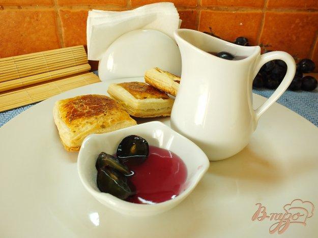 Рецепт Сладкий виноградный соус к десертам
