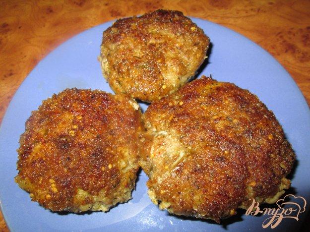 фото рецепта: Котлеты из мясного фарша с картофелем
