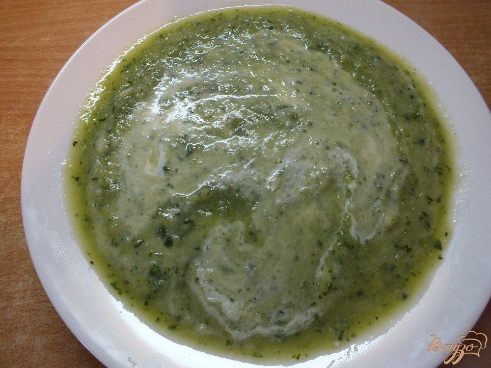 Фото приготовление рецепта: Крем-суп из огурца и цветной капусты шаг №12