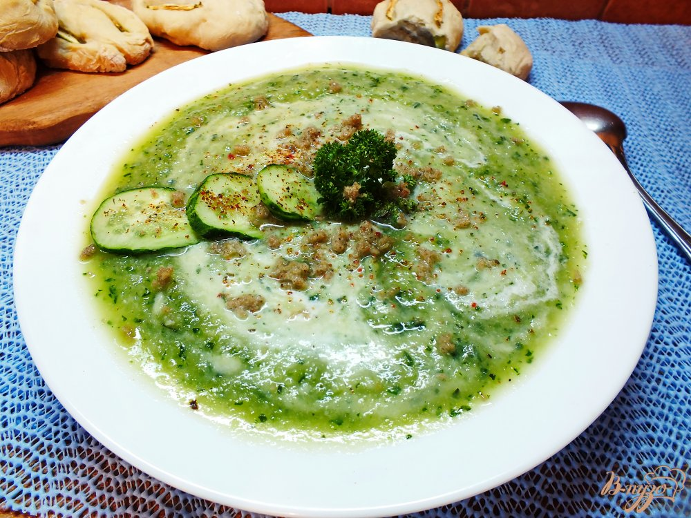 Фото приготовление рецепта: Крем-суп из огурца и цветной капусты шаг №13