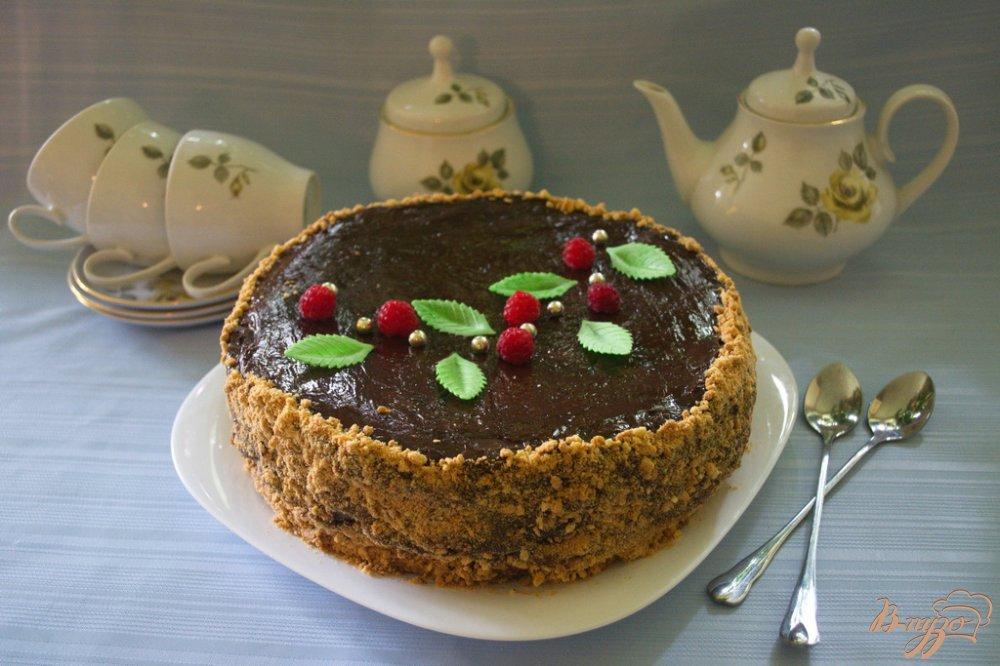 Фото приготовление рецепта: Карамельный торт с шоколадным кремом шаг №12