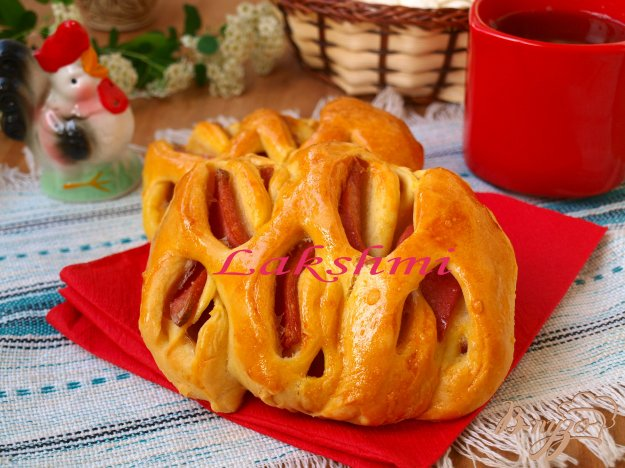 Рецепт Булочки с колбасой