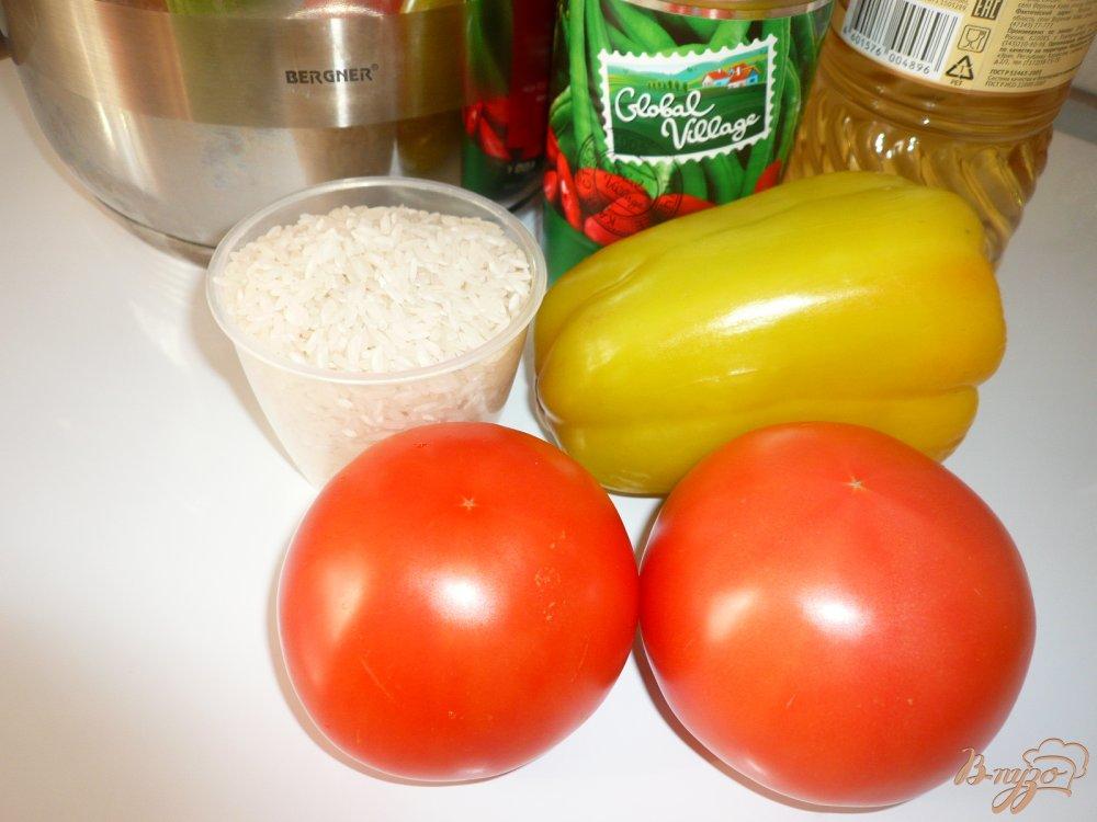 Фото приготовление рецепта: Суп томатный с рисом и фасолью шаг №1