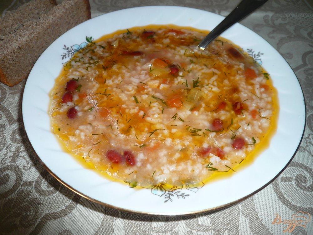 Фото приготовление рецепта: Суп томатный с рисом и фасолью шаг №5
