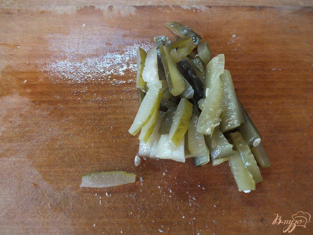 Фото приготовление рецепта: Рассольник с курицей, рисом и прованскими травами шаг №8