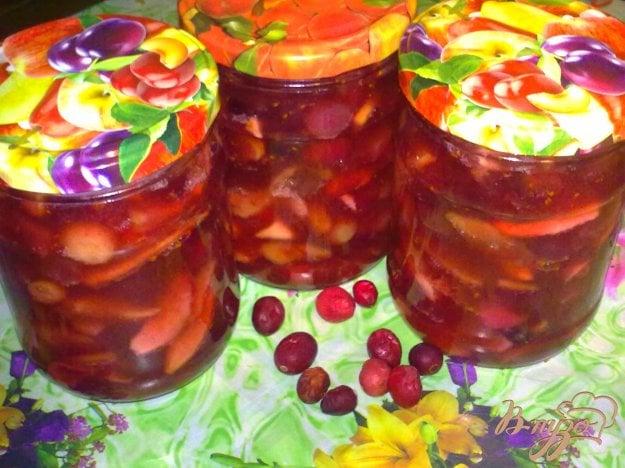 фото рецепта: Яблочное варенье с корицей и клюквой
