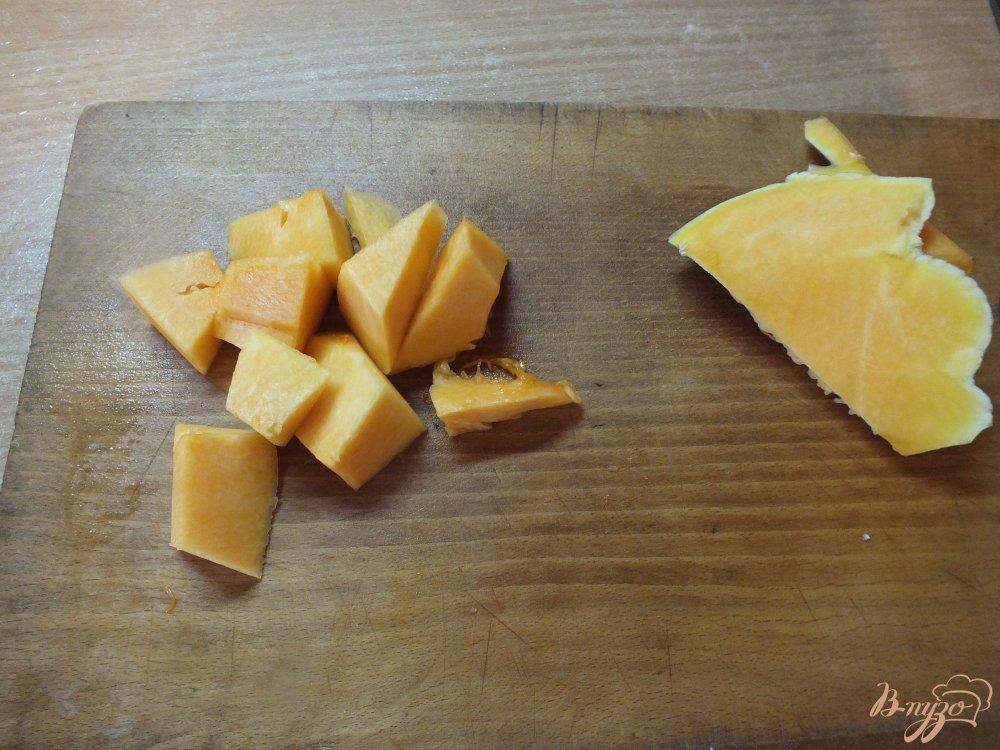 Фото приготовление рецепта: Куриные сердечки запеченные с тыквой шаг №1