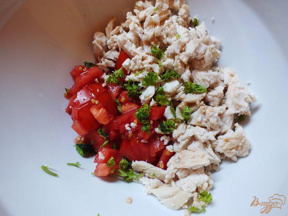 Фото приготовление рецепта: Мясные блины с помидором шаг №9