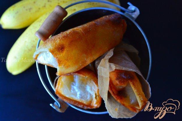 фото рецепта: Бананы с шоколадом в тесте брик