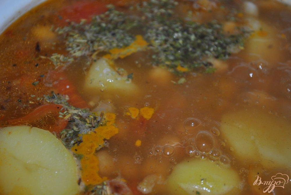 Фото приготовление рецепта: Суп с горохом нут шаг №5