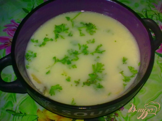 фото рецепта: Суп сырный с шампиньонами