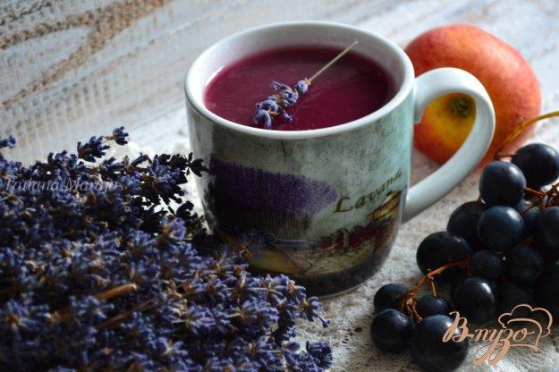 фото рецепта: Виноградно-яблочный кисель с лавандой