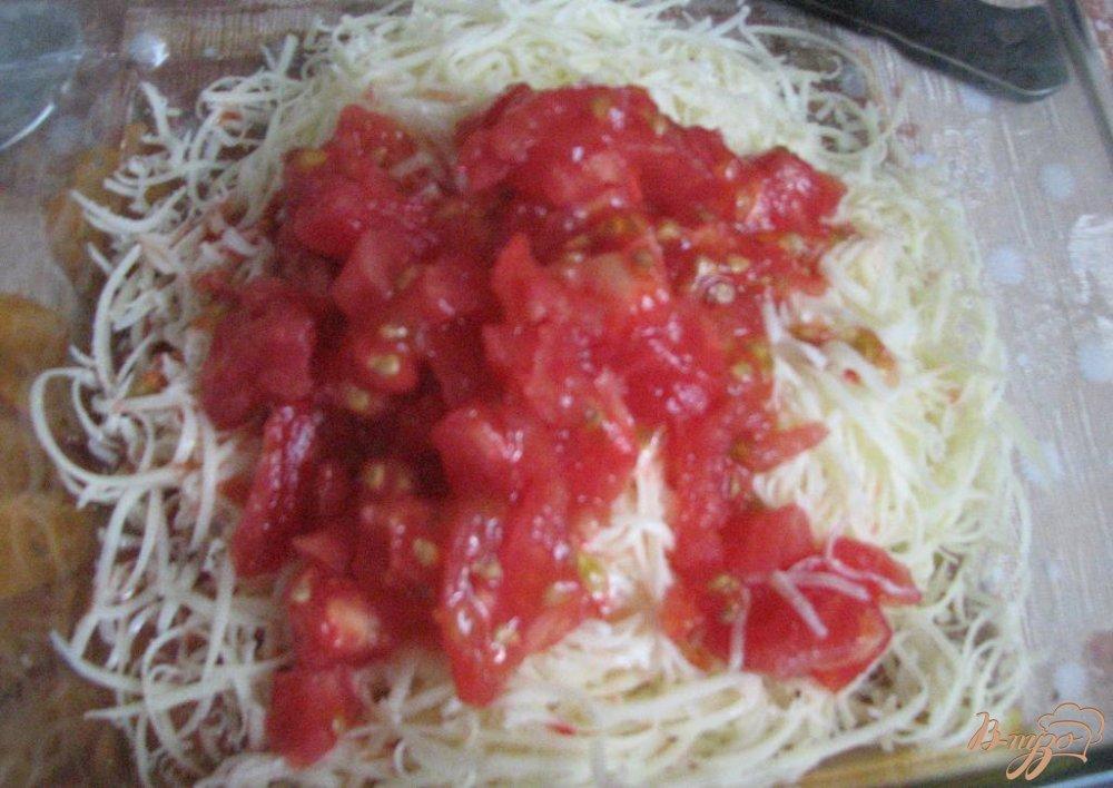 Фото приготовление рецепта: Помидоры фаршированые сыром шаг №3