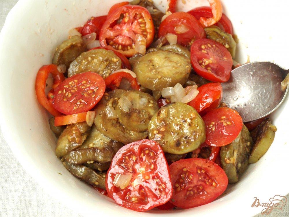 Фото приготовление рецепта: Армянский салат с баклажанами шаг №4