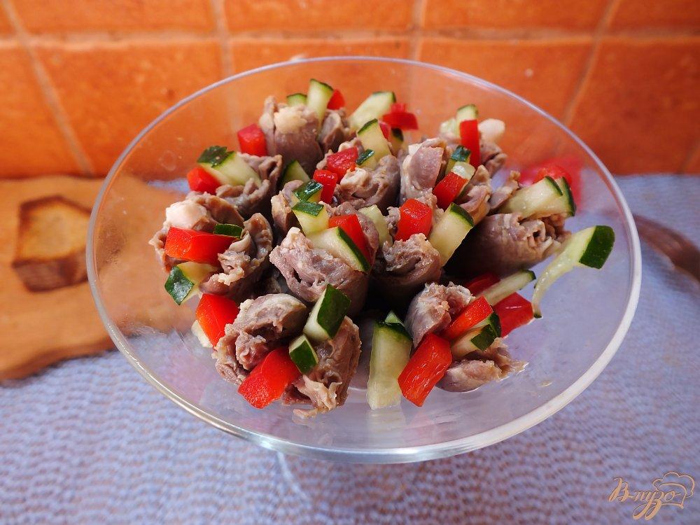 Фото приготовление рецепта: Фаршированные куриные сердечки шаг №7
