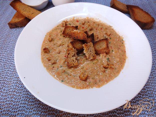 фото рецепта: Холодный суп-пюре из болгарского перца и огурца