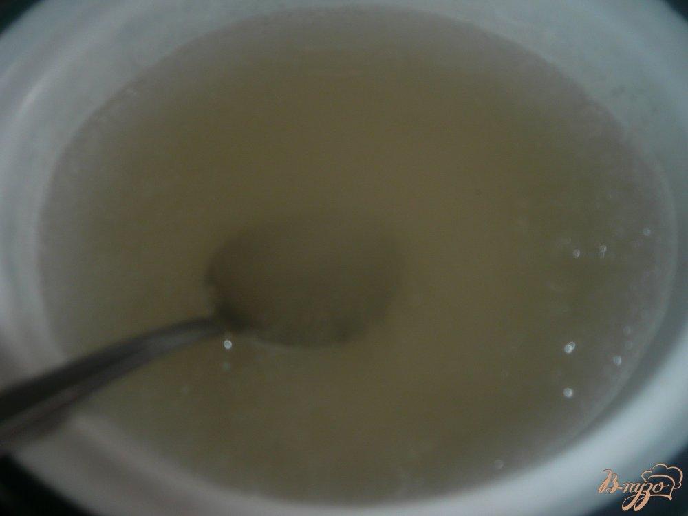Фото приготовление рецепта: Настойка на вишневых косточках шаг №4
