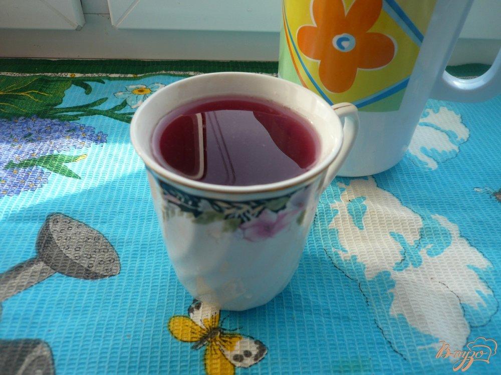 Фото приготовление рецепта: Виноградно-яблочный компот с мятой шаг №3