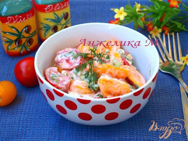 Рецепт Салат из помидоров со сметаной