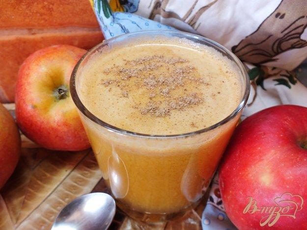 фото рецепта: Тыквено-яблочный фрэш с корицей