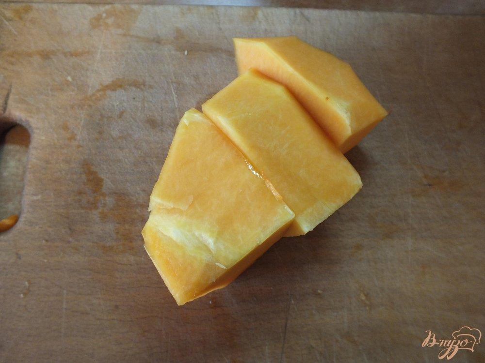 Фото приготовление рецепта: Тыквено-яблочный фрэш с корицей шаг №3