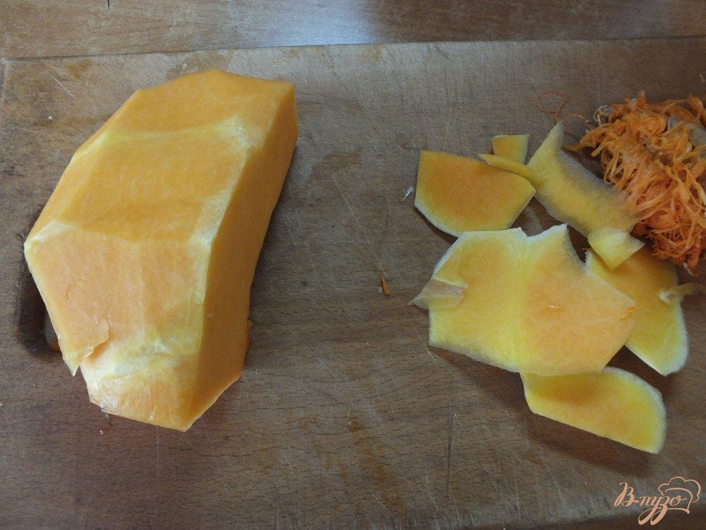Фото приготовление рецепта: Тыквено-яблочный фрэш с корицей шаг №2