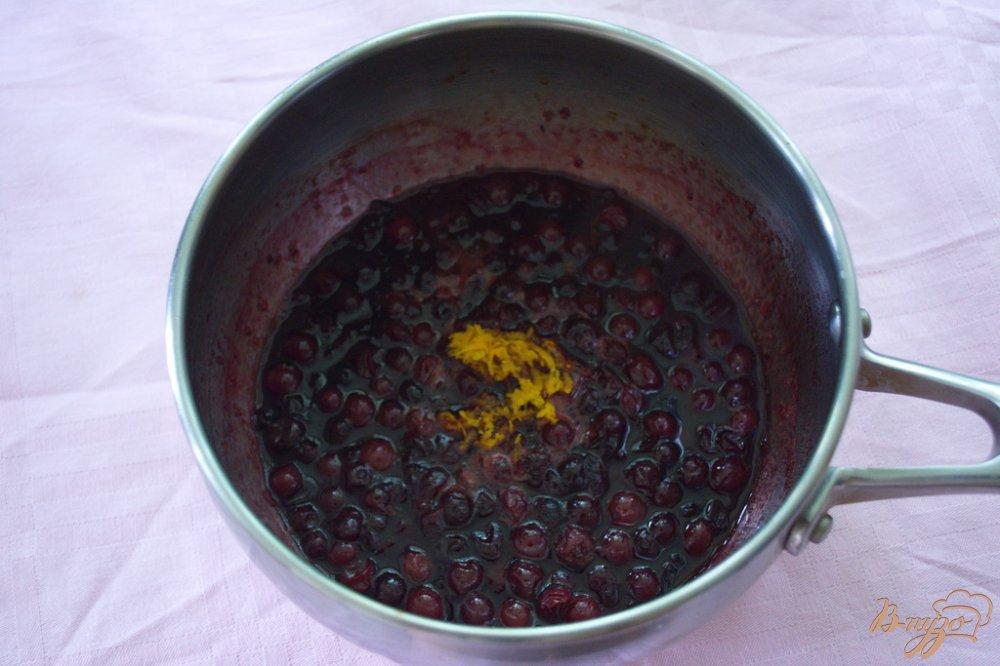 Фото приготовление рецепта: Соус из клюквы шаг №3