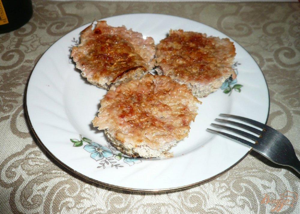 Фото приготовление рецепта: Кексы мясные сочные шаг №5