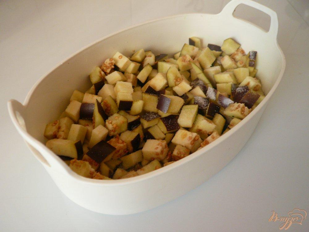 Фото приготовление рецепта: Перловая каша с баклажанами шаг №2