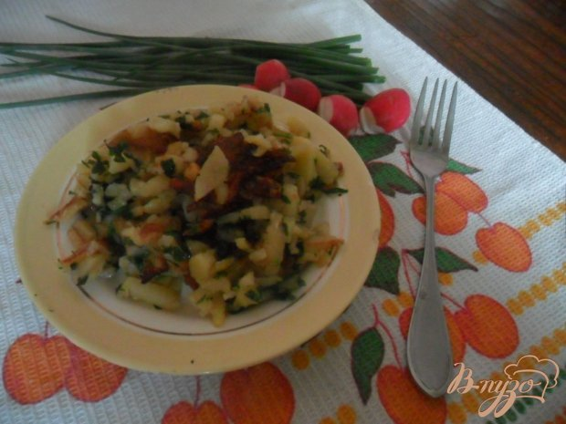 Жареный картофель с петрушкой