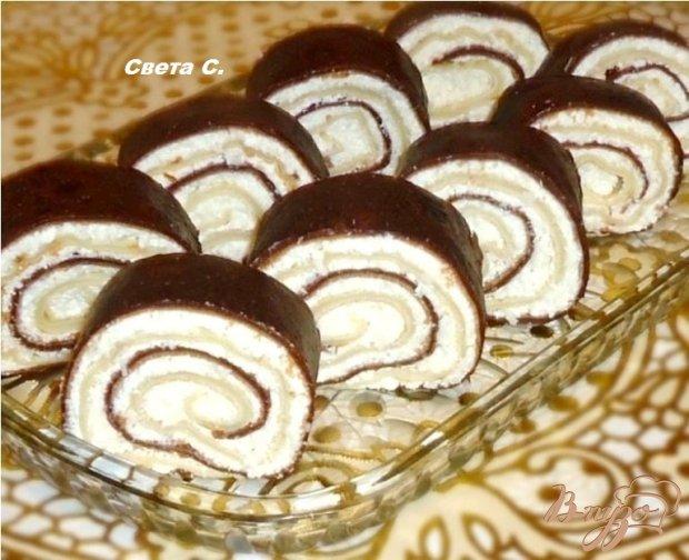 Блинные рулетики с творожно - кокосовой начинкой