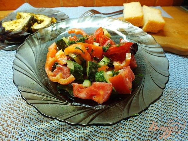 Салат со смородиновым соусом