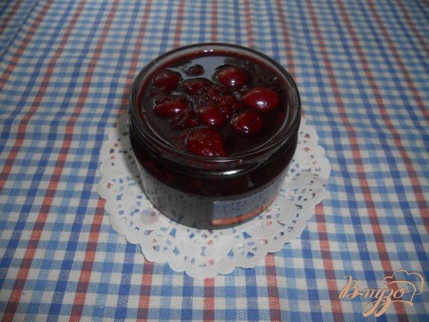 Варенье вишневое, с ароматом кофе и какао