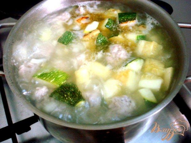 Суп пюре из цукини с фрикадельками