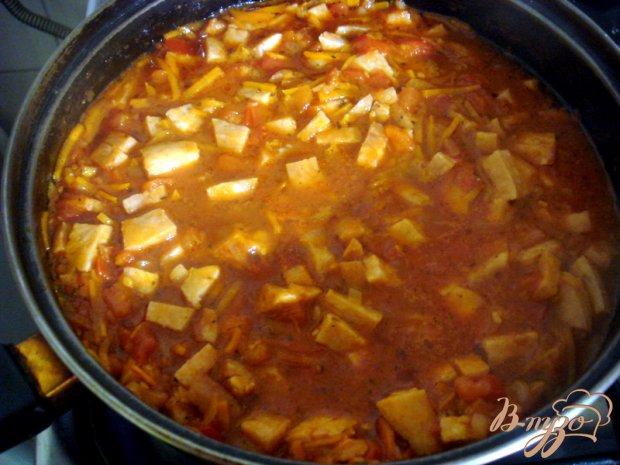 Томатный соус с копчёной колбасой
