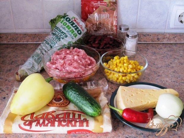 Буррито со свининой и красной фасолью