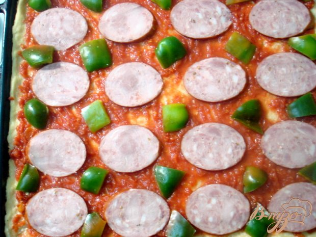 Пицца на творожно-кефирном тесте