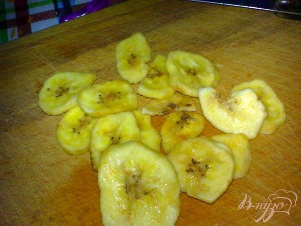 Компот яблочный с бананом и кардамоном