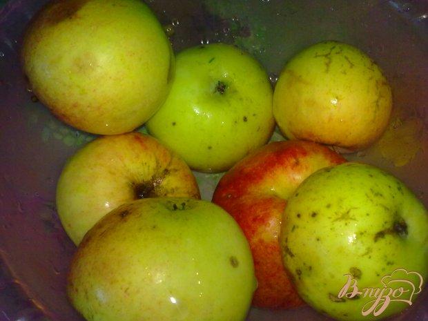 Яблочное варенье с пряностями
