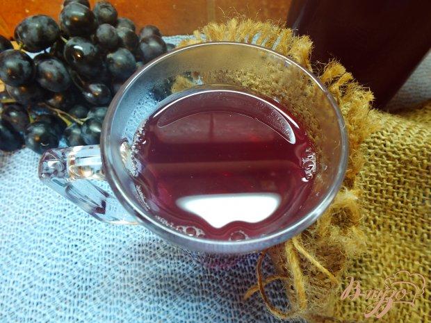 Виноградный компот с кардамоном и гвоздикой