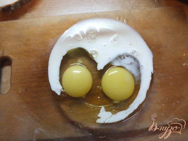 Сардели запеченные с яйцом