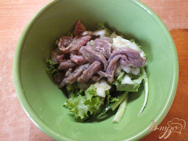 Салат с сырой говядиной по-тайски