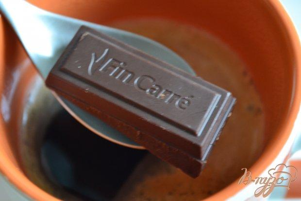 Кофе с имбирем,  шоколадом и взбитыми сливками