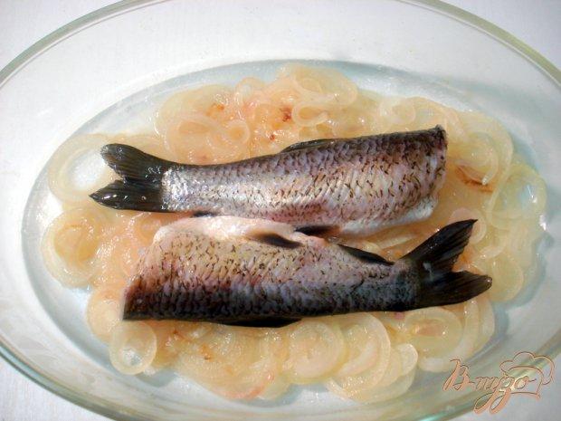 Белый амур под винно- виноградным соусом
