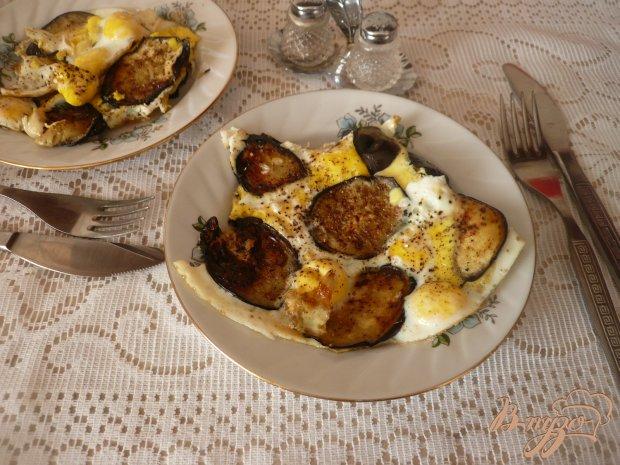 Баклажаны с перепелиными яйцами